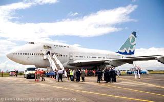 Un Boeing 747SP utilisé comme terrain d'entraînement pour les médecins et les secouristes