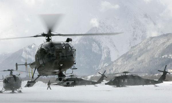 L'aéronautique militaire autrichienne sur la corde raide