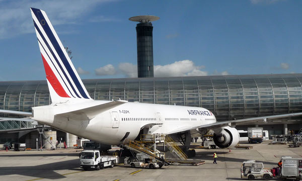Les cabines des long-courriers d�Air France passent leur tenue d��t�