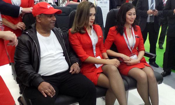 AirAsia lance le siège ultra fin de Mirus Aircraft Seating