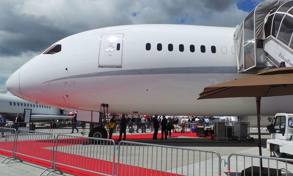 Visite du premier Boeing 787-8 VVIP aménagé par Kestrel et Greenpoint