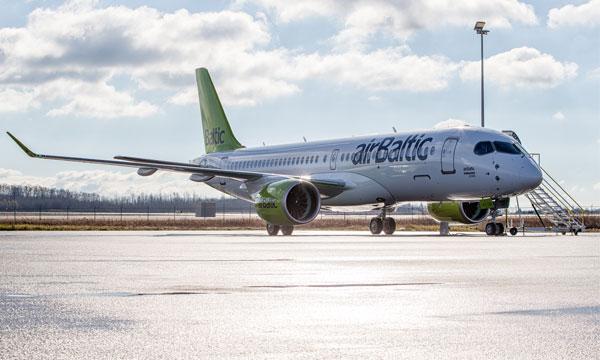 Bombardier livre le 1er CS300 à airBaltic