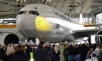 Lufthansa présente son 1er Boeing 777F