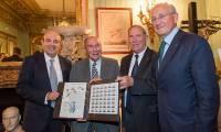 Un timbre célébre les 100 ans de l'hélice Éclair