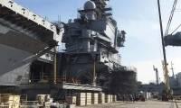 Le porte-avions Charles de Gaulle fait peau neuve
