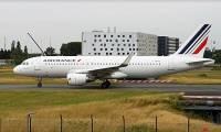 Air France propose d'améliorer le quotidien de ses salariés, pas encore leur salaire