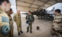 Le général Lavigne prend les commandes de l'armée de l'air