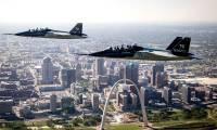 Boeing et Saab remportent le contrat T-X