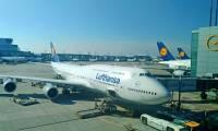Coronavirus : Lufthansa immobilise 150 avions
