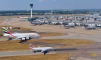 L'agrandissement de l'aéroport de Londres Heathrow reporté d'au moins deux ans