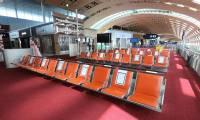 Moins d'un quart du trafic aérien habituel en juillet dans les aéroports parisiens