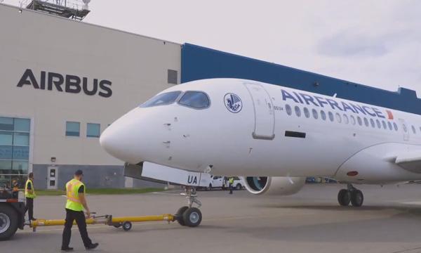 Le premier Airbus A220 d'Air France se dévoile