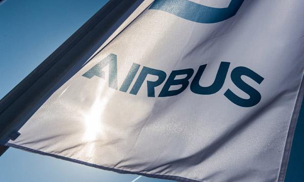Airbus enregistre des résultats solides pour le premier semestre et officialise l'A350F
