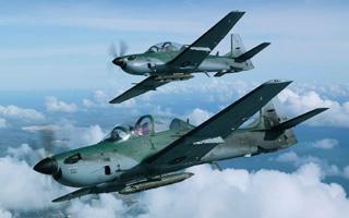 L'Indonésie commande huit nouveaux Super Tucano à Embraer