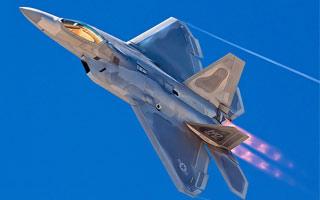 Mitt Romney souhaite de nouveaux F-22
