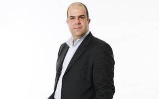 Stelios menace de vendre ses parts d'easyJet