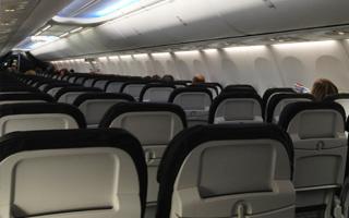Alaska Airlines va densifier les cabines de ses 737-800 et 737-900