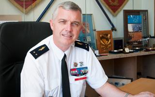 Le général Francis Pollet prend le commandement des EOAA