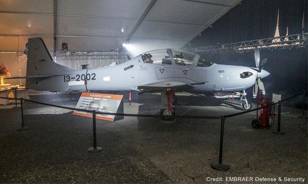 Roll-out du premier A-29 destiné à l'Afghanistan