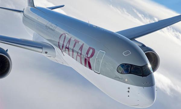 l airbus a350 de qatar airways r alise son 1er vol commercial avec reportage du poste de pilotage. Black Bedroom Furniture Sets. Home Design Ideas