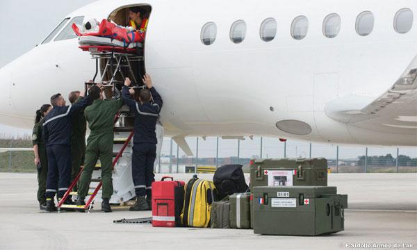 Nouveau kit médical pour l'escadrille aérosanitaire