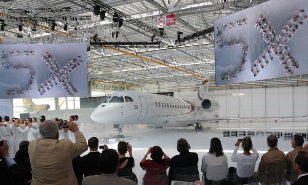 Le Falcon 5X de Dassault prêt pour son premier vol