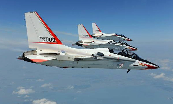L'armée de l'air thaïlandaise choisit le T-50 de KAI comme avion d'entraînement