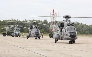 L'armée de l'air s'entraîne à la récupération de personnels