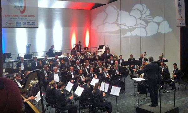 La Musique de l'air joue pour la FOSA