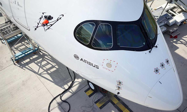 Farnborough 2016 : L'inspection des Airbus par drone devient une réalité