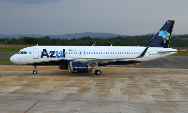 Azul propose de reprendre Avianca Brasil