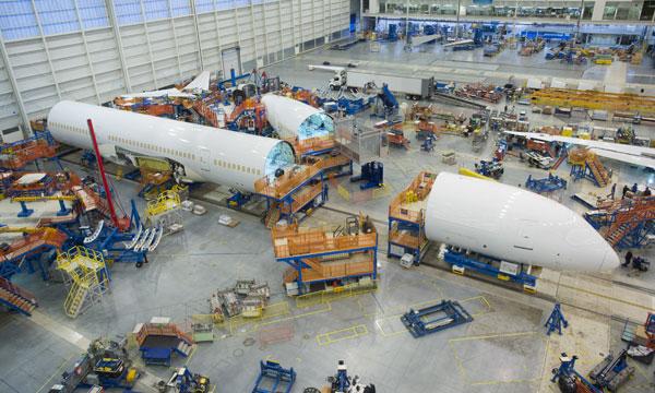 Boeing envisage de réduire encore la production du 787 Dreamliner