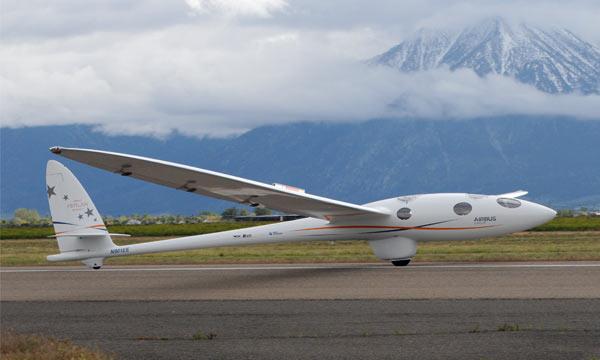Perlan 2 reprend ses essais au-dessus de la Sierra Nevada