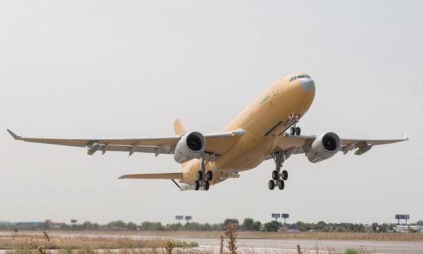 Vol inaugural du premier A330 MRTT français