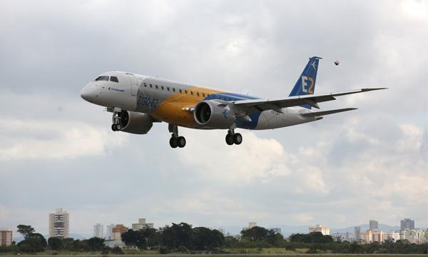 Le premier E2 d'Embraer entrera en service en avril 2018