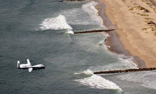 L'US Navy reçoit son premier MQ-4C Triton opérationnel