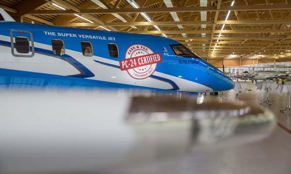 Le PC-24 de Pilatus reçoit sa double certification
