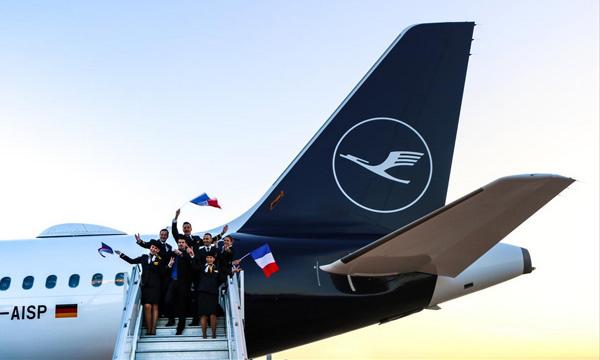 Lufthansa change ses couleurs
