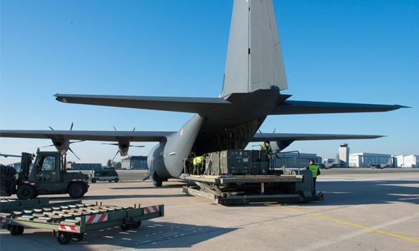 Première opération extérieure pour le C-130J