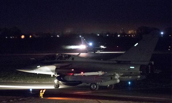 Les moyens aériens français en action au-dessus de la Syrie