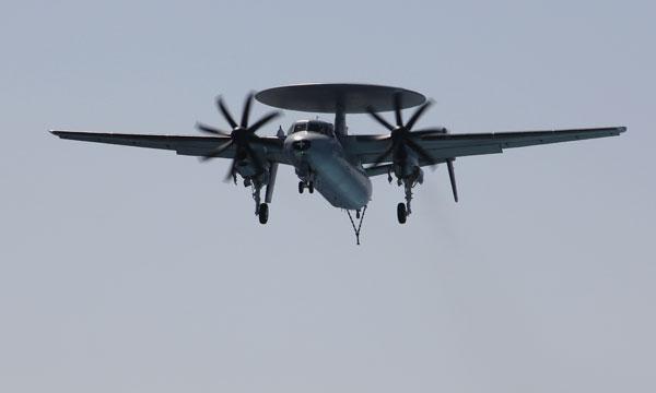 Lorient se prépare au Naval Air Show