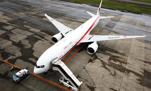 Photo : le futur Boeing 777 « Japan Air Force One » est arrivé au Japon