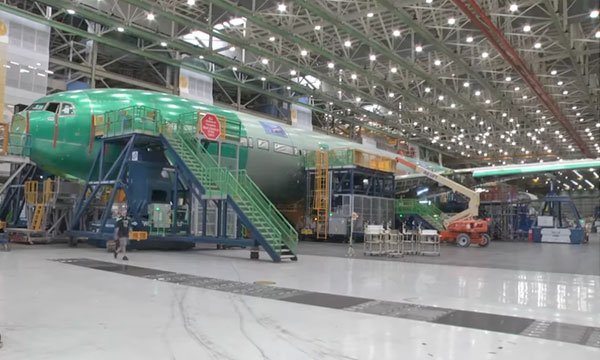 Boeing présente son premier 777X