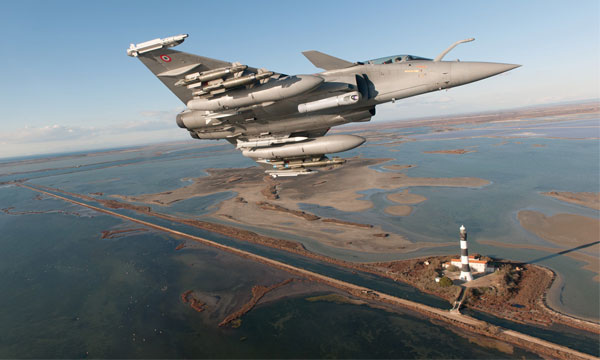 Le Premier ministre grec annonce l'acquisition de 18 chasseurs Rafale de Dassault Aviation