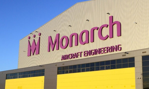 Monarch Aircraft Engineering fait faillite
