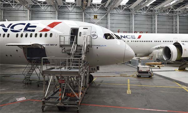 Getting more women into the aviation industry: a day at Air France Industries KLM Engineering & Maintenance