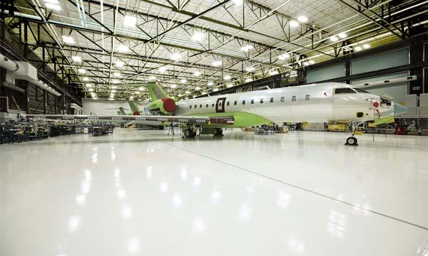 Bombardier met sa production à l'arrêt pour un mois