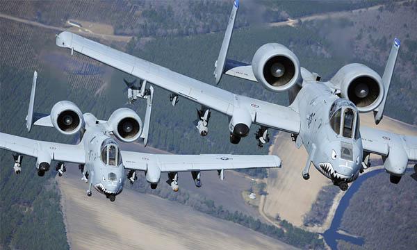 Les A-10 de l'US Air Force repartent pour vingt ans avec de nouvelles ailes