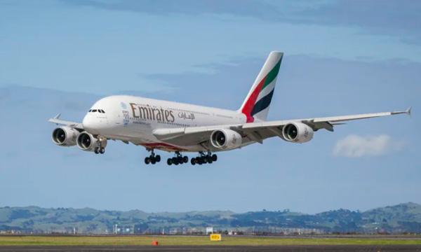 Emirates retire des A380 du service et attendra encore pour finaliser ses autres commandes