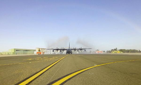 Le premier KC-130J de l'armée de l'air s'est posé à Orléans